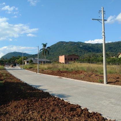 Loteamento Residencial LÍRIOS D'ÁGUA, ambiente de novas possibilidades na cidade de Picada Café-RS.