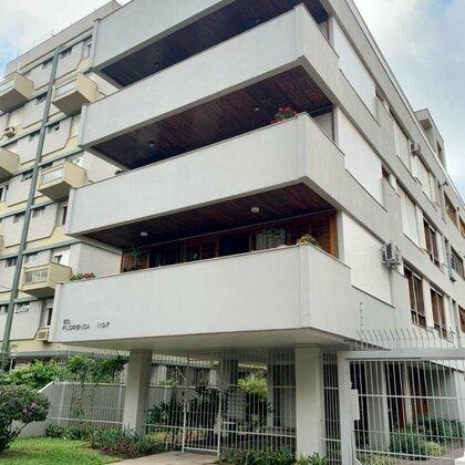 Apartamento com 2 quartos em bairro nobre de Porto Alegre, RS