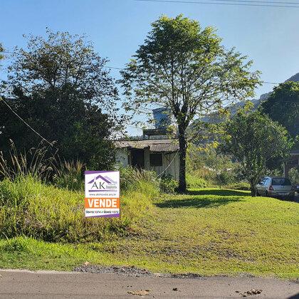 Belo terreno com antiga casa em Picada Café, na Serra Gaúcha
