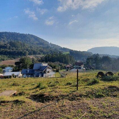Terreno amplo com linda paisagem em Picada Café, na Serra Gaúcha