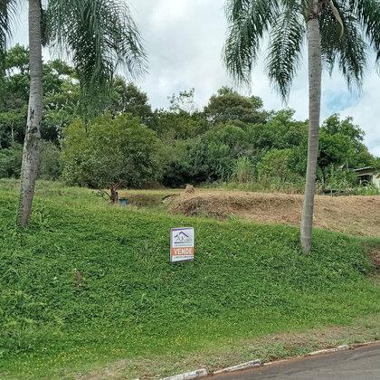 Terreno com área de 374,82 m², localizado no Bairro Bela Vista, Município de Picada Café-RS.