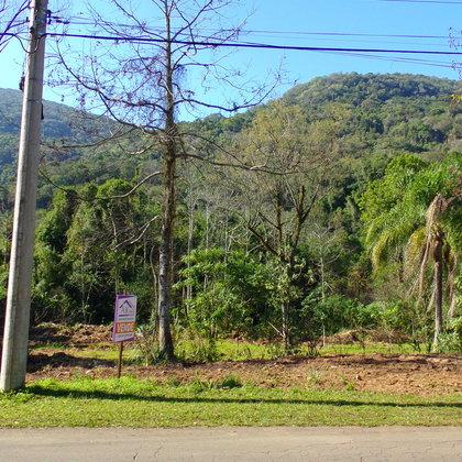 Terreno com área de 462 ,00 m², localizado no bairro Kaffee Eck, Município de Picada Café-RS