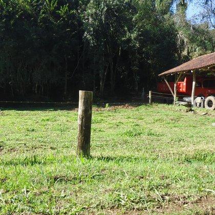 Terreno com área de 505,00 m², situado no Bairro Kafee Eck, Município de Picada Café-RS.