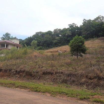Terreno amplo com 646,30 m², localizado no Bairro Colina Verde, Município de Picada Café-RS.