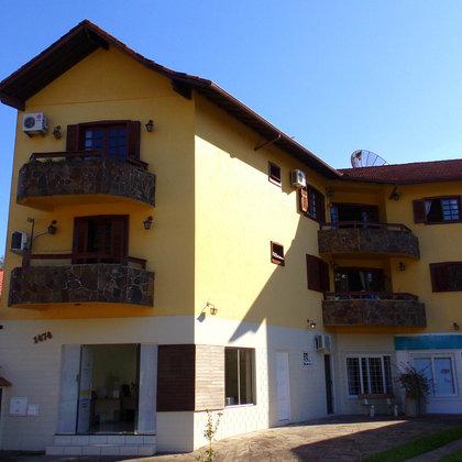 Apartamento de 3 dormitórios, localizado no Centro do município de Picada Café-RS