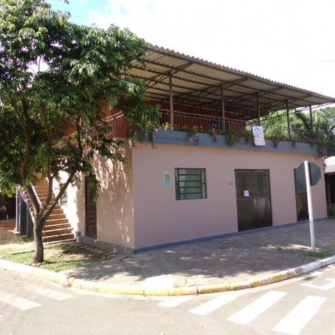 Imóvel com aproximadamente 600,00 m², Centro, Picada Café-RS.